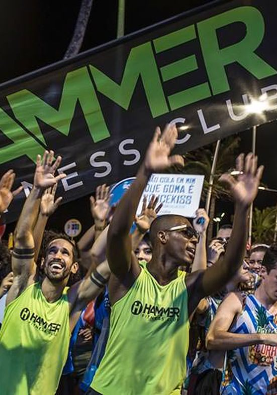 Equipe da Hammer Fitness Club animará folião do bloco Banana Coral com as coreografias do momento