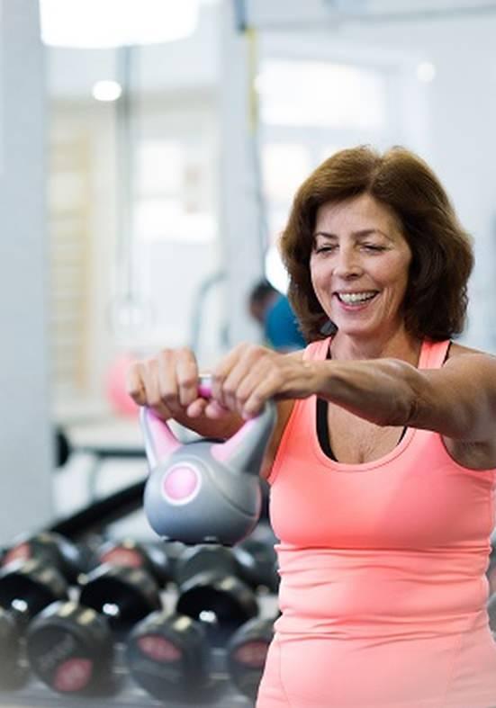 Benefícios da musculação para os idosos